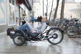 Gunnar Fehlauf auf einem Liege-Dreirad