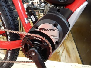 fantic_gravel_rot_detail_brose