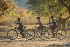 ein-fahrrad-fuer-den-schulweg-in-sambia--copyright-world-bicycle-relief-355