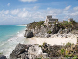 160px-Tulum_-_Castillo_and_Bay